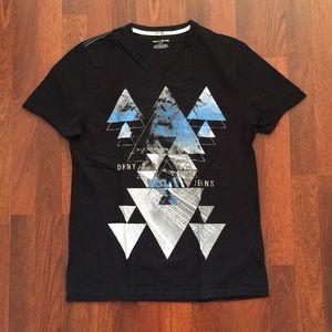 DKNY small black graphic tee